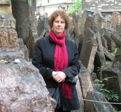 Carol at the Jewish cemetery in Prague