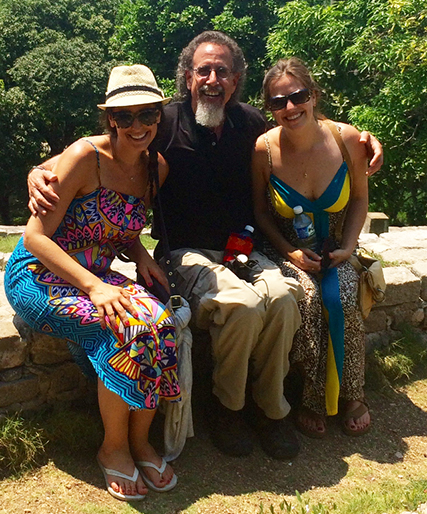 Surrounded by beauties (Marney and Lindsay) at the Hemingway House in Havana