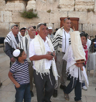 One of many bar mitzvahs at the Western Wall