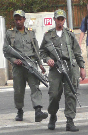 Security on the streets of Jerusalem is heavy today - Bush is coming!!