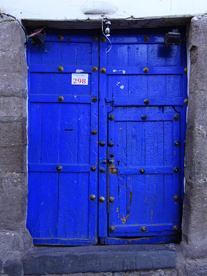Blue door in Cuzco