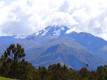 The Andes on the way to the Sacred Valley
