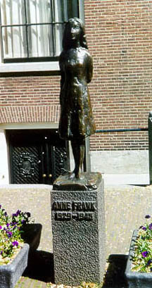 Statue near the Anne Frank House