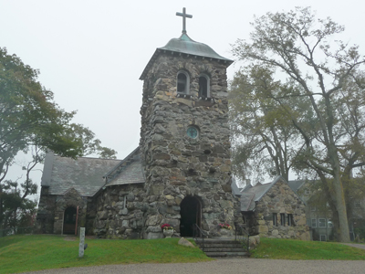 Stone church on the way from Kennebunkport to Boothbay Harbor in Maine.